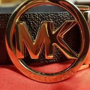 NWOT MK Reversible Belt
